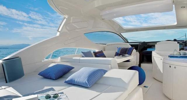 https://yacht-v1.oss-cn-shenzhen.aliyuncs.com/images/travels20200416/5e9829f02c915.jpeg
