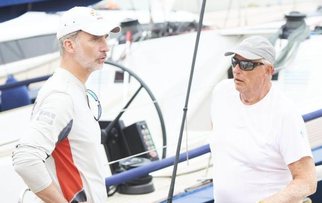 挪威国王与西班牙国王参加国王杯快艇比赛
