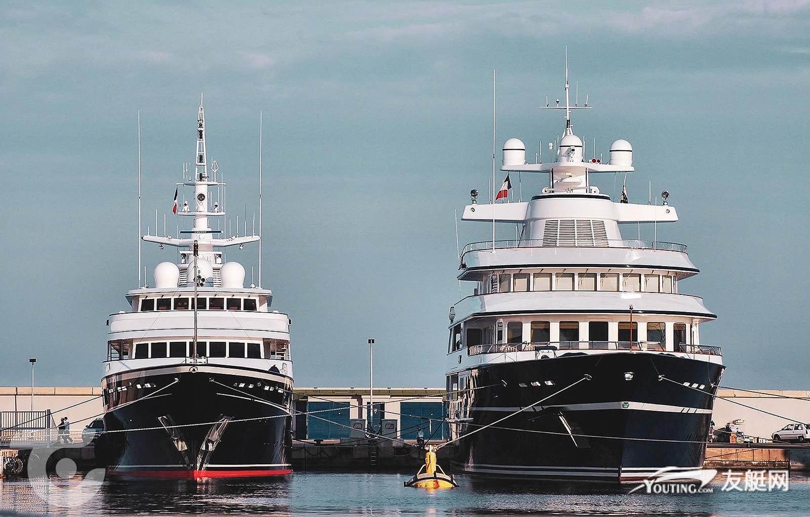 超艇 Virginian 与 Leander G 并排停泊在昂蒂布